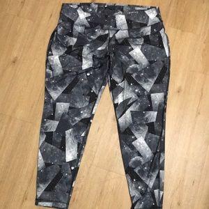 Danskin Now leggings size XXL.